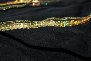 detail de la jupe petale