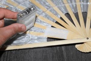 etape fabrication fan veil led : boitier piles